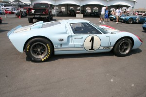 GT40 at track event