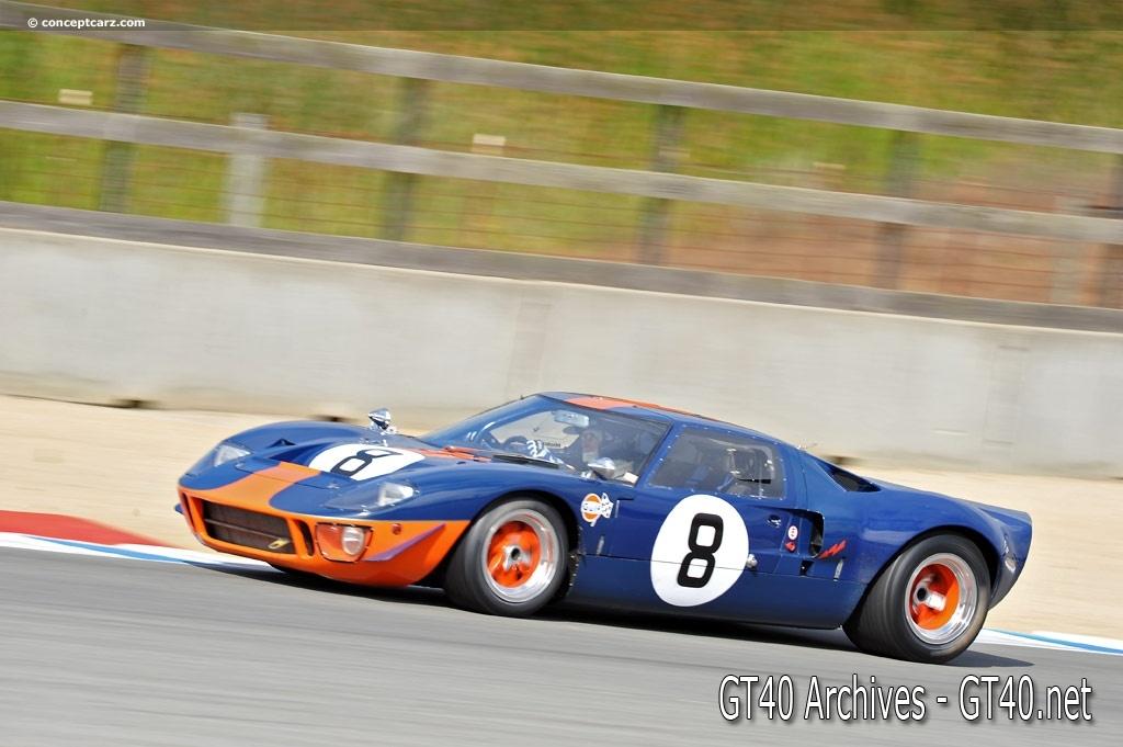 GT40 P/1051 on track - Rolex Monterey Motorsports ReunionGT40 P/1051 on track - Rolex Monterey Motorsports Reunion 1 - GT40.net