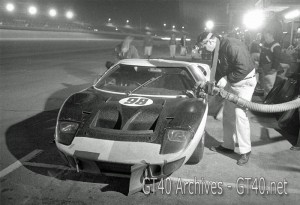 Ken Miles – Lloyd Ruby GT40 race photo
